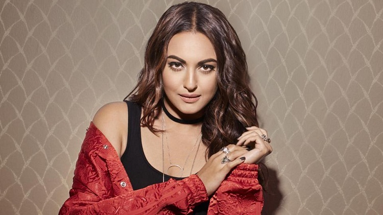 Sonakshi Sinha Wiki Age Height Weight Biography Photo & Movies